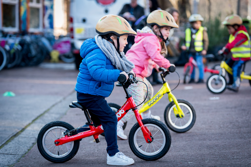 play-on-pedals-the-bike-station-glasgow-thu-26-january-2017-photographer-andy-catlin-www-andycatlin-com-8722
